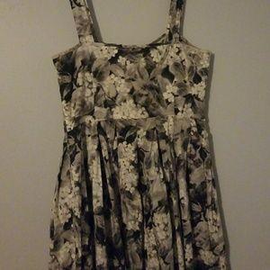 Floral print gray/blk mini sundress